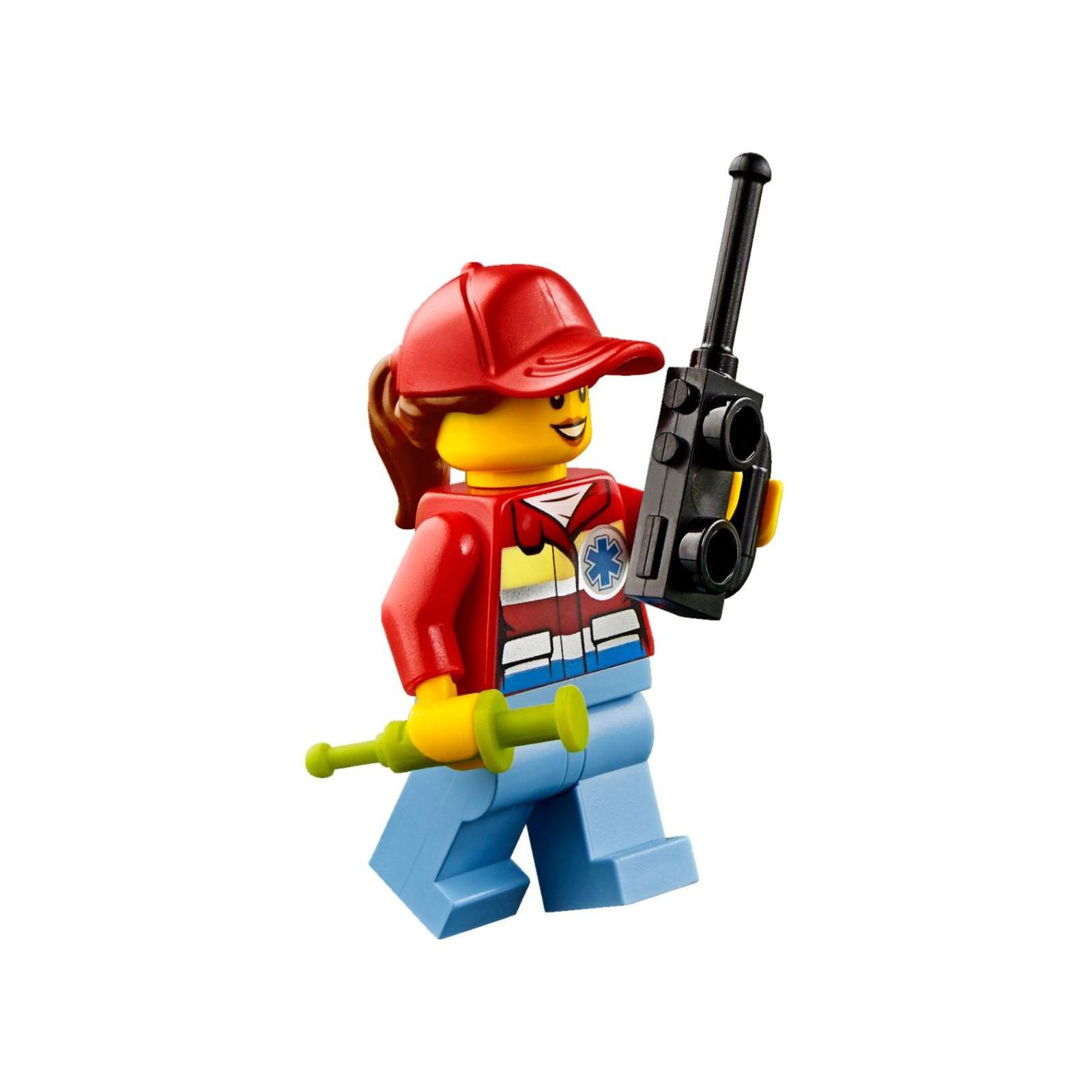 Конструктор LEGO City Вертолет скорой помощи (60179) изображение 5