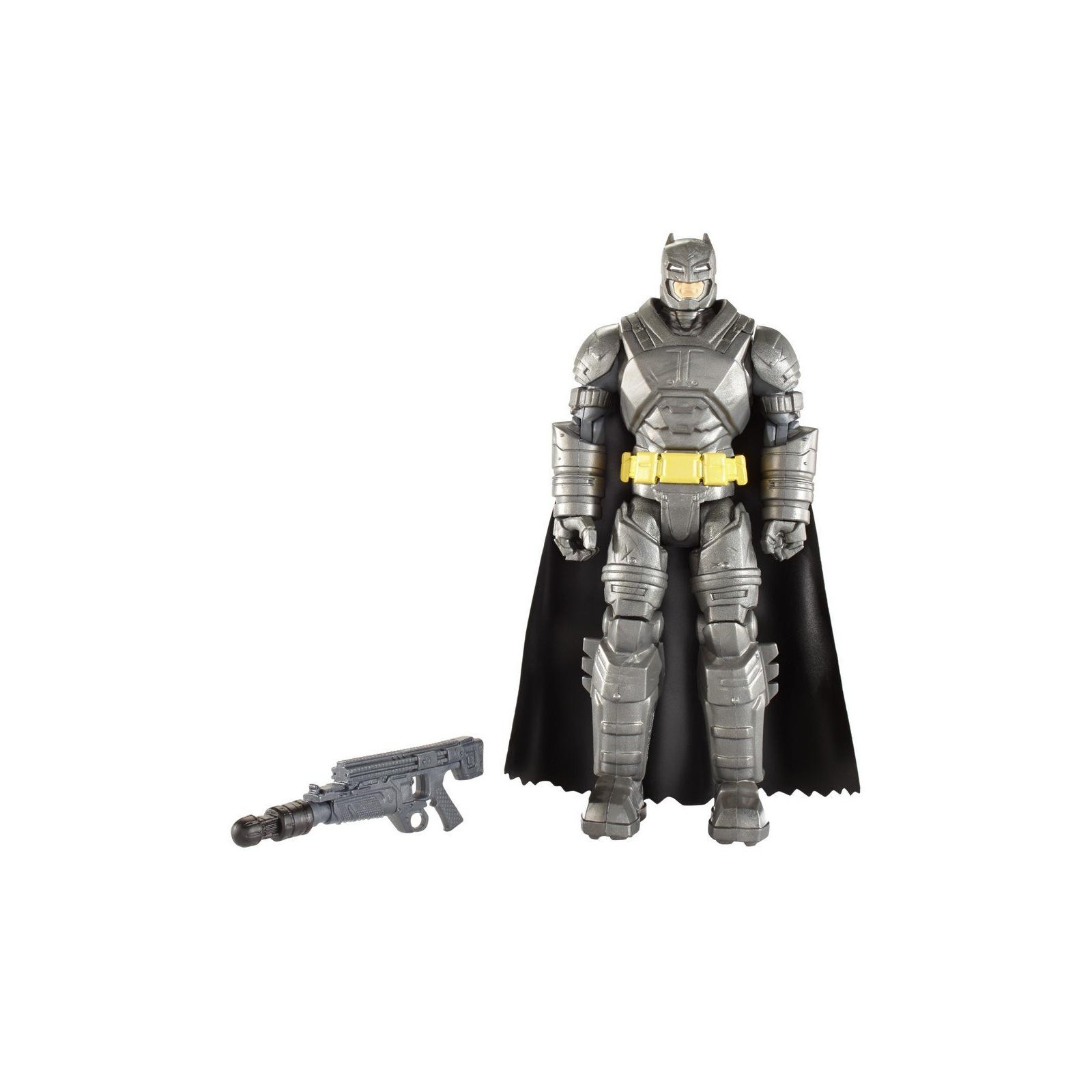 Фигурка Mattel Batman вооруженный 15 см Бэтмен против Супермена (DJG32) изображение 2