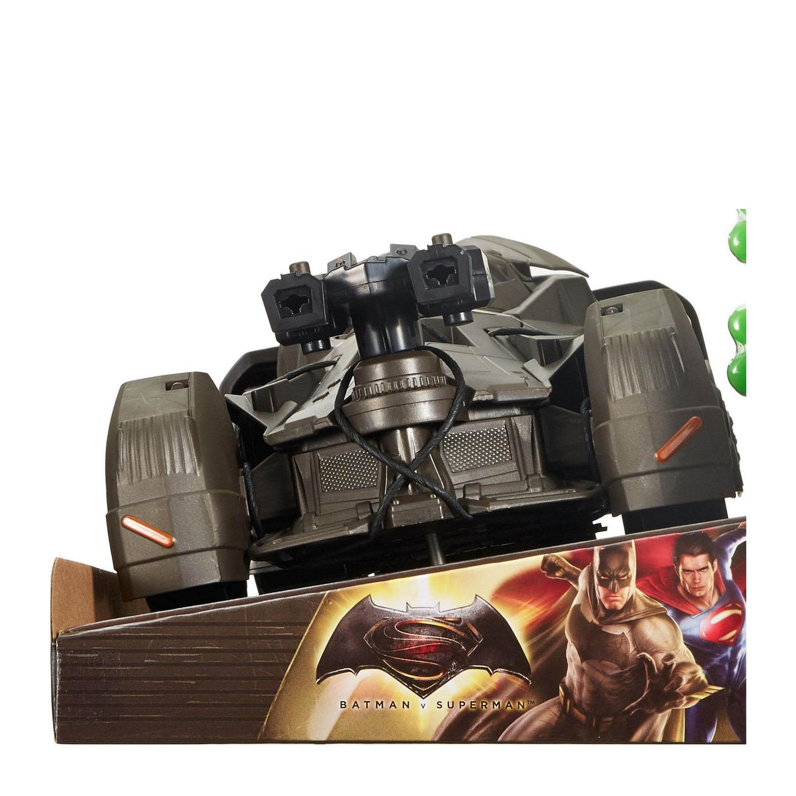 Игровой набор Mattel Бетмобиль Batman Делюкс Бэтмен против Супермена (DHY29) изображение 8