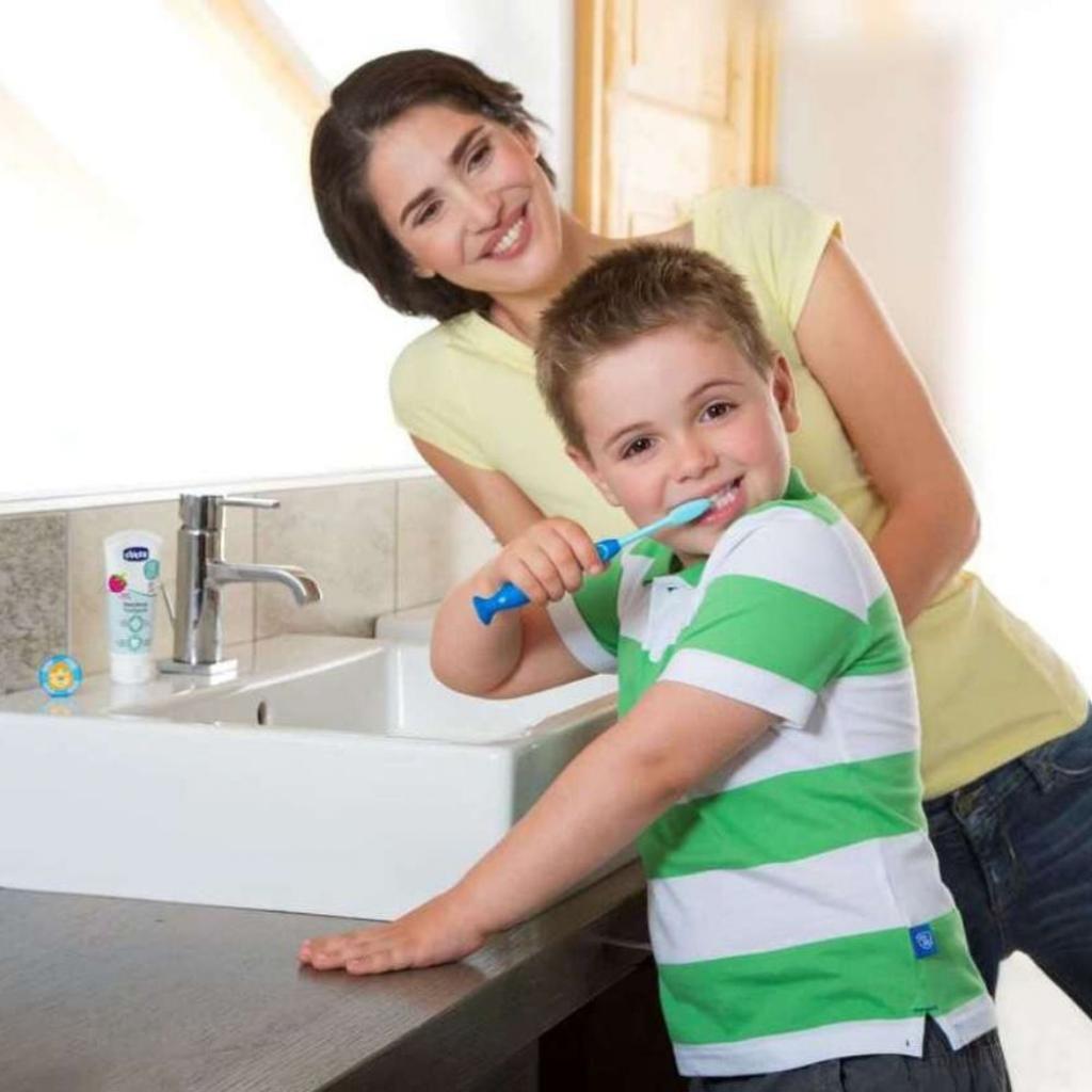 Детская зубная щетка Chicco Зеленая (2900990799879) (09079.20.20) изображение 3