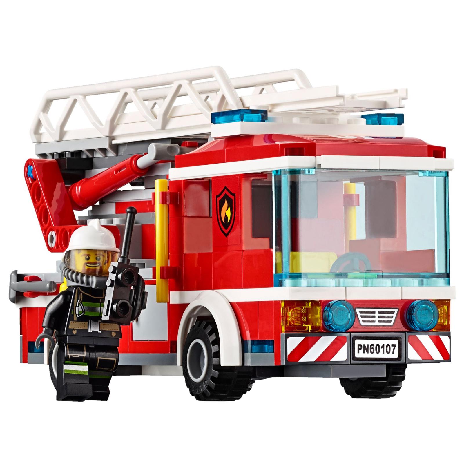 Конструктор LEGO City Fire Пожарный автомобиль с лестницей (60107) изображение 4