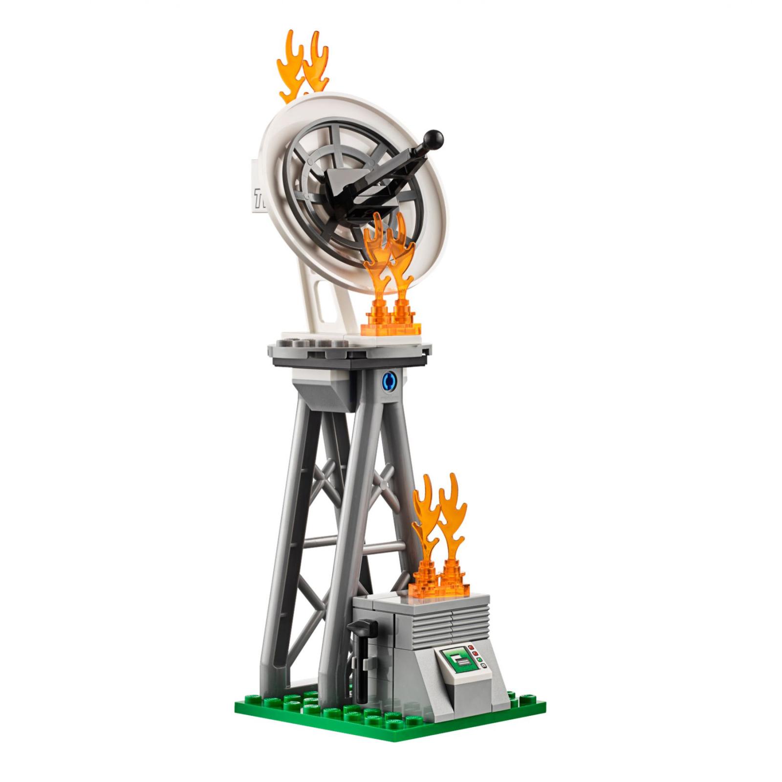 Конструктор LEGO City Fire Пожарный грузовик (60111) изображение 5