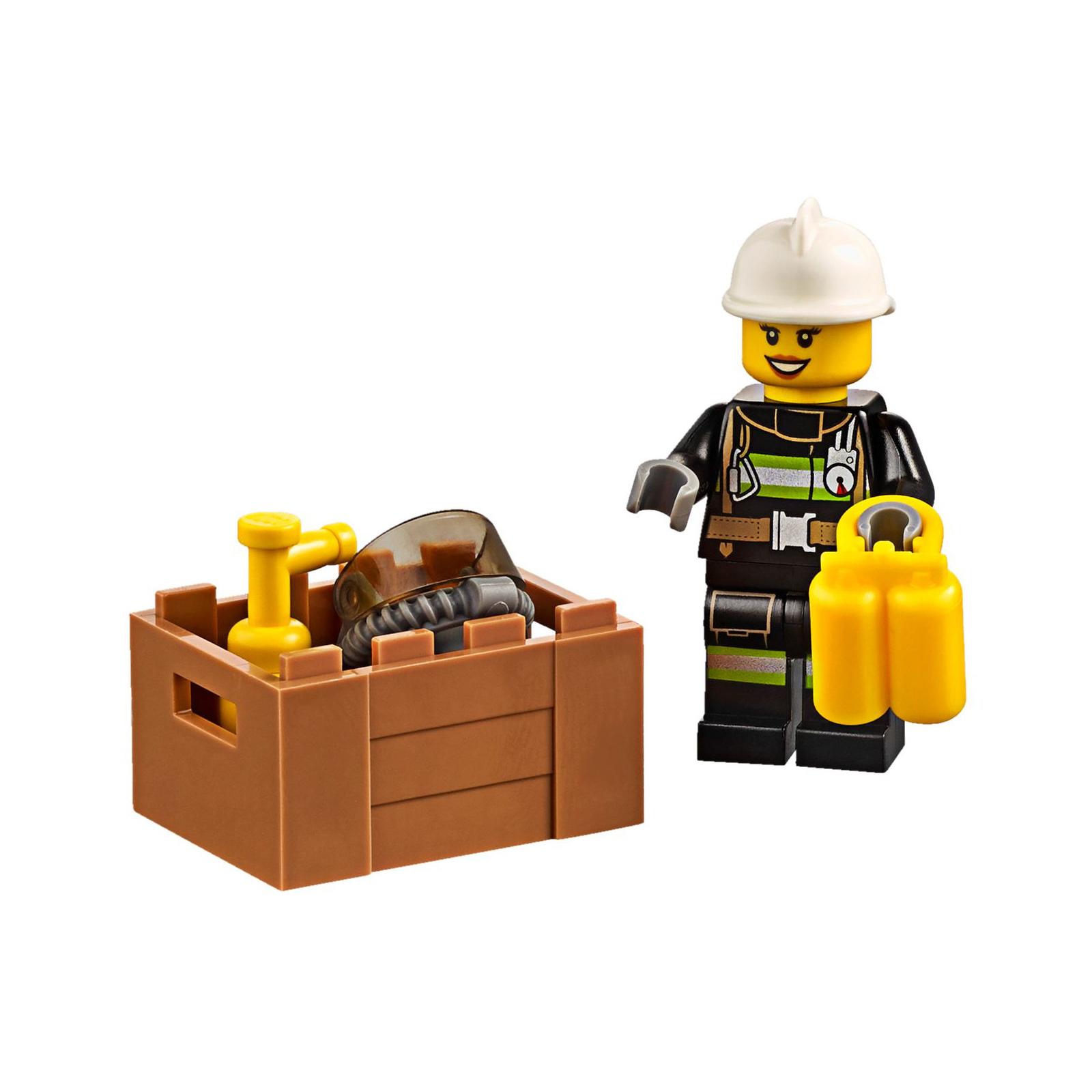 Конструктор LEGO City Fire Пожарный грузовик (60111) изображение 6