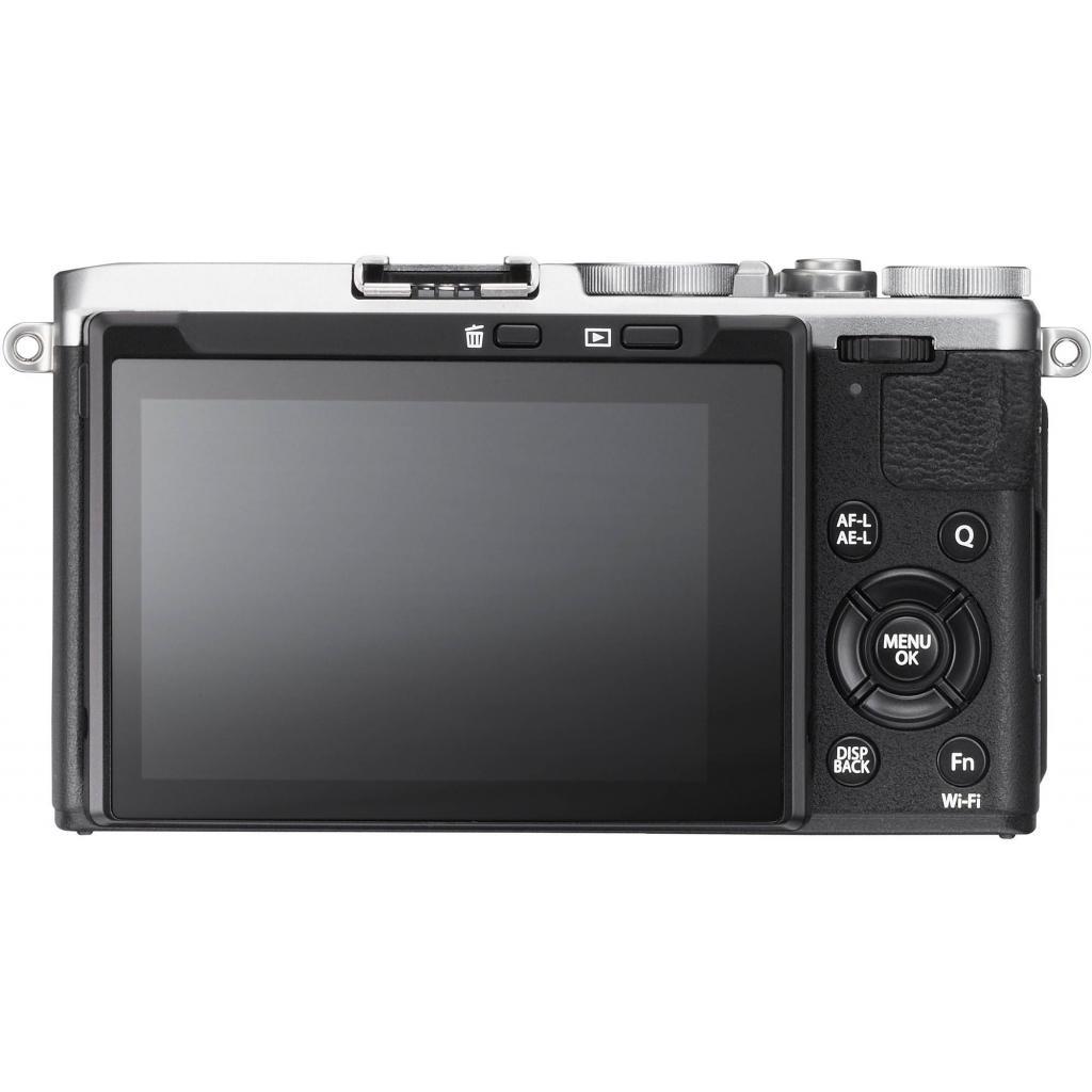 Цифровой фотоаппарат Fujifilm FinePix X70 Silver (16499124) изображение 3