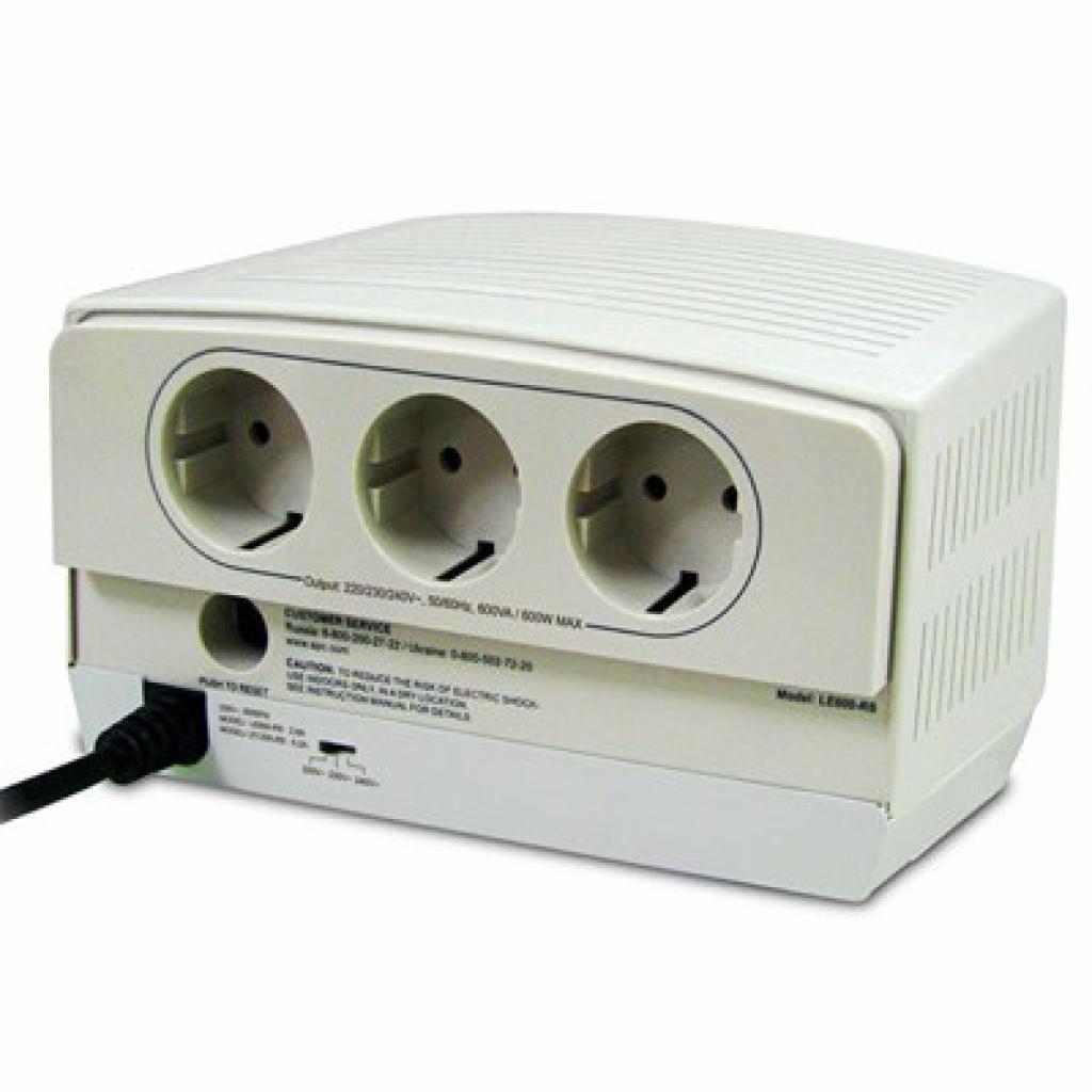 Стабилизатор APC Power regulator/ conditioner 600VA (LE600-RS) изображение 2