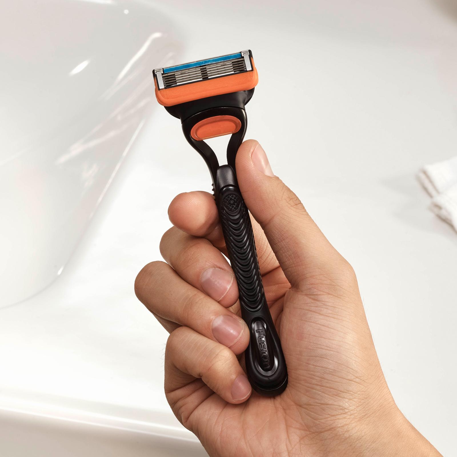 Бритва Gillette Fusion с 2 сменными картриджами (7702018874125) изображение 4