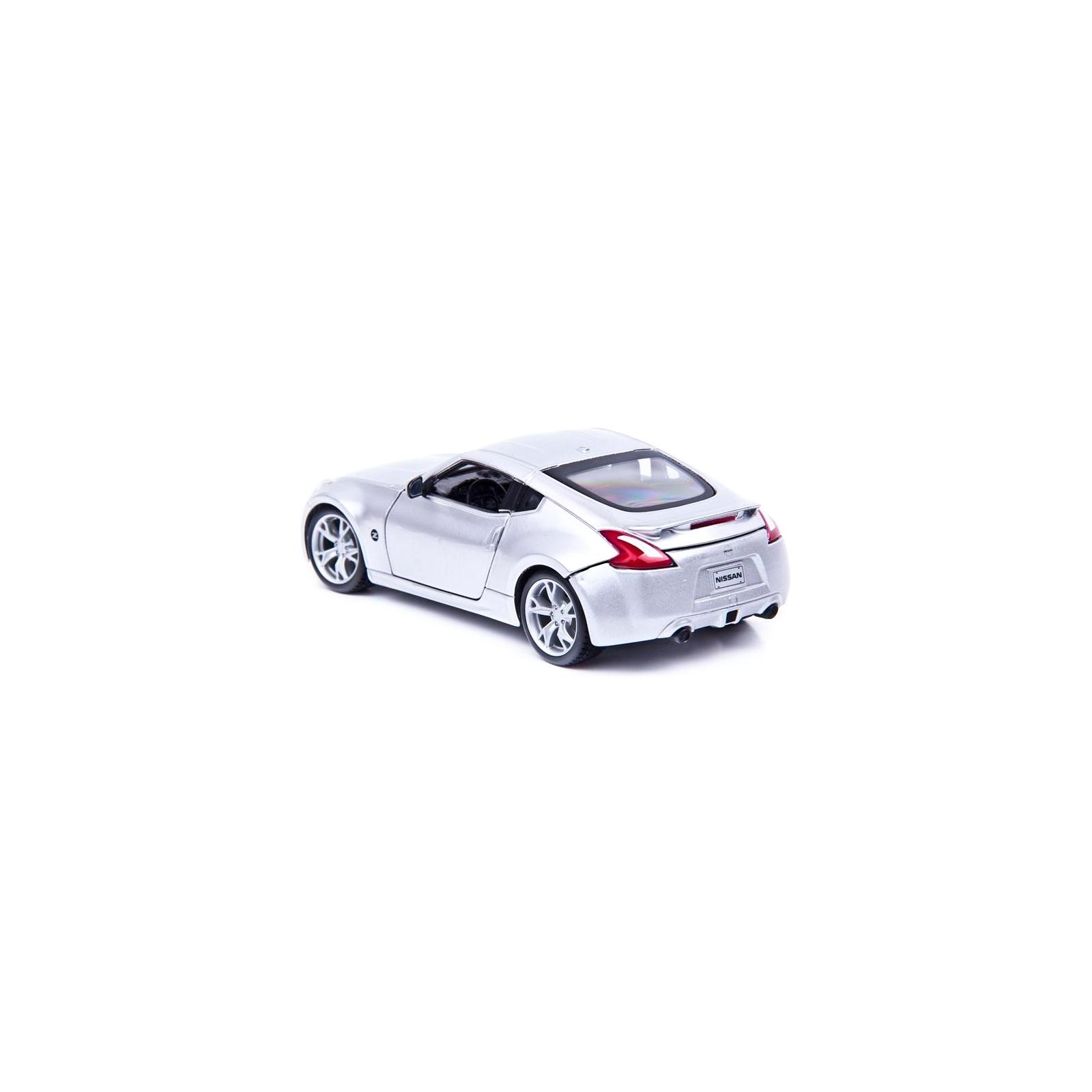 Машина Maisto Nissan 370Z 2009 (1:24) серебристый (31200 silver) изображение 2