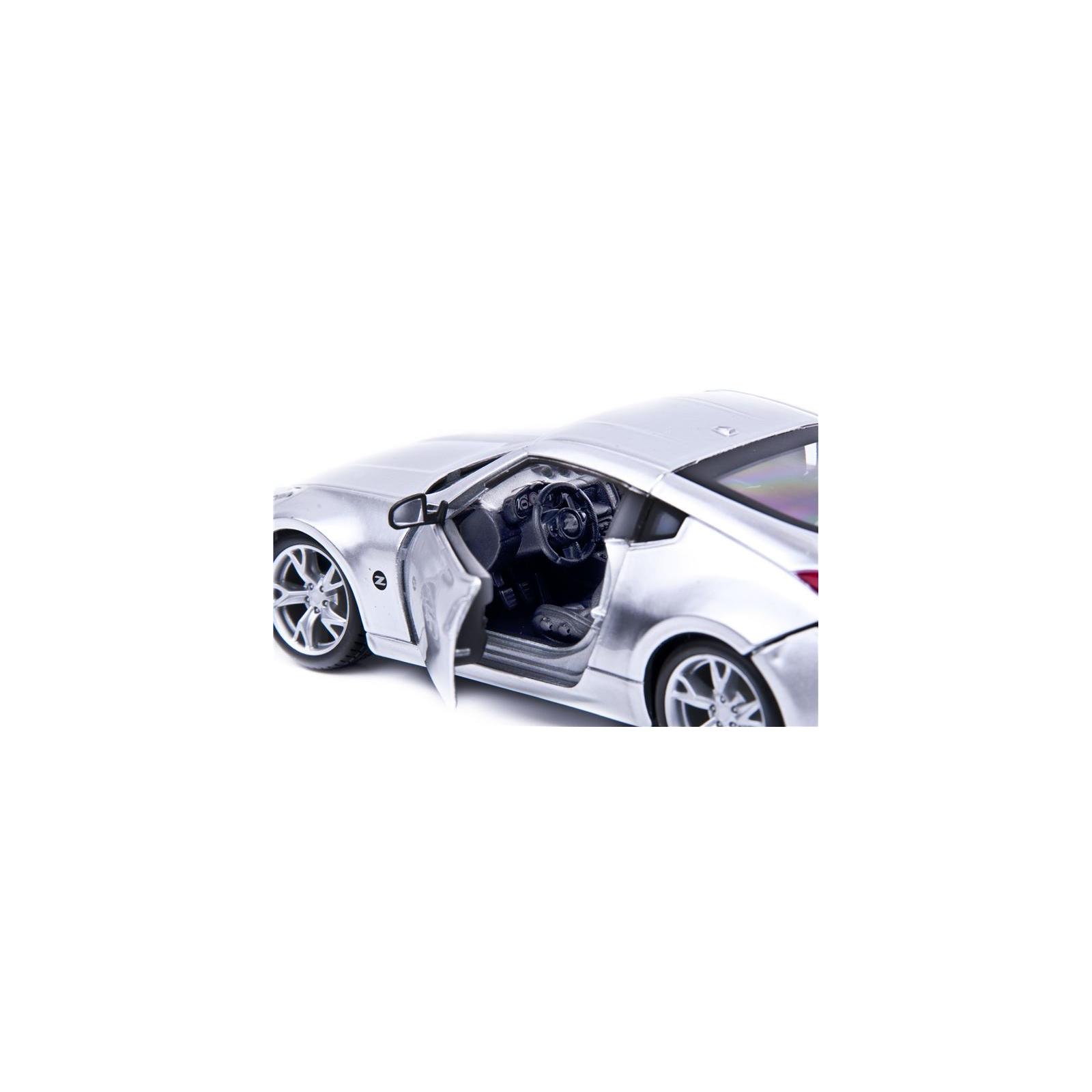 Машина Maisto Nissan 370Z 2009 (1:24) серебристый (31200 silver) изображение 4