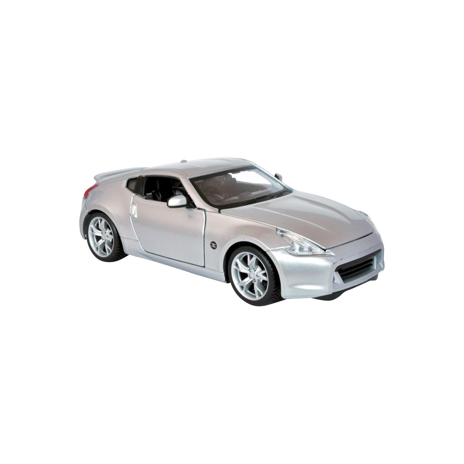 Машина Maisto Nissan 370Z 2009 (1:24) серебристый (31200 silver)