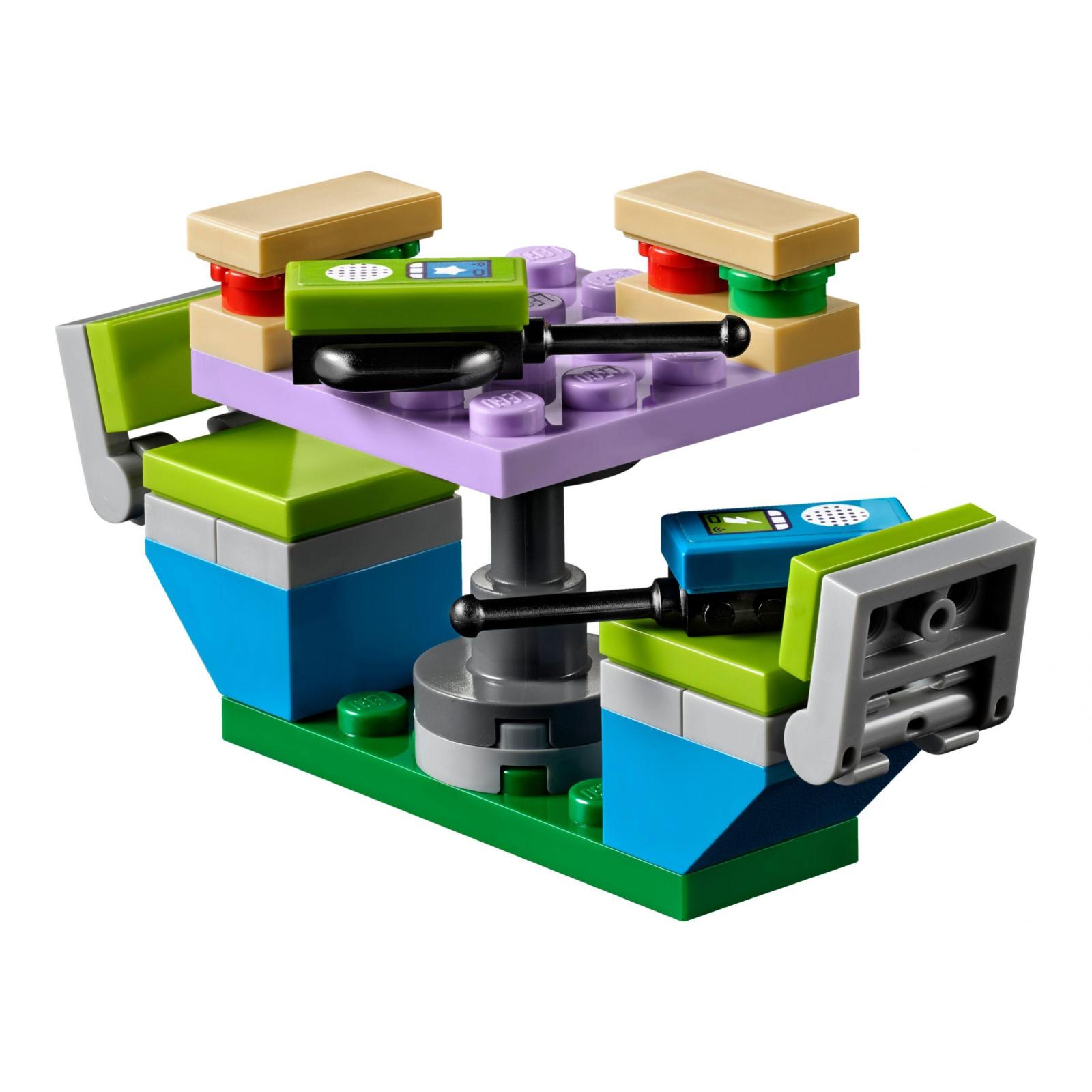 Конструктор LEGO Friends Дом на колесах Мии (41339) изображение 5