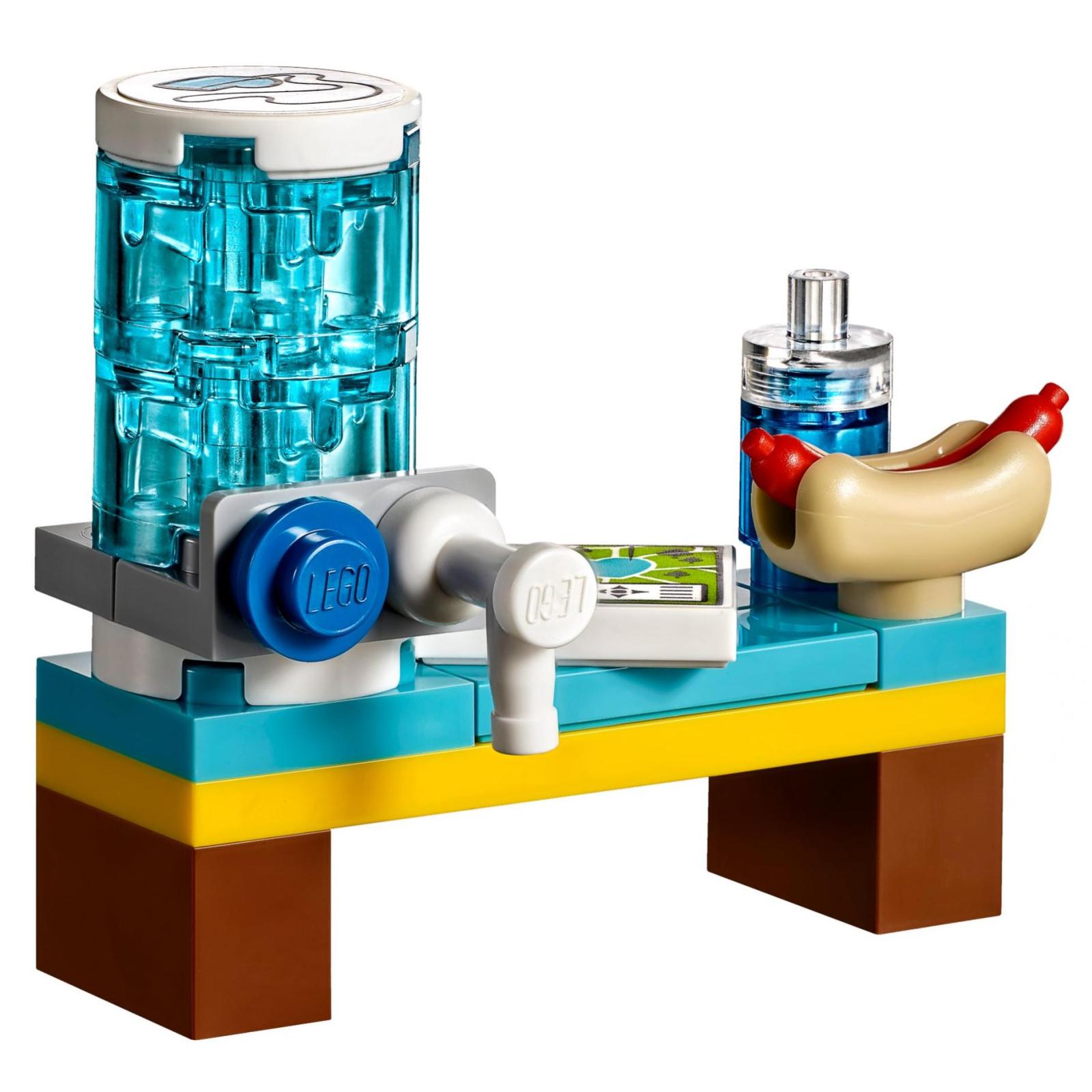 Конструктор LEGO Friends Футбольная тренировка Стефани (41330) изображение 7